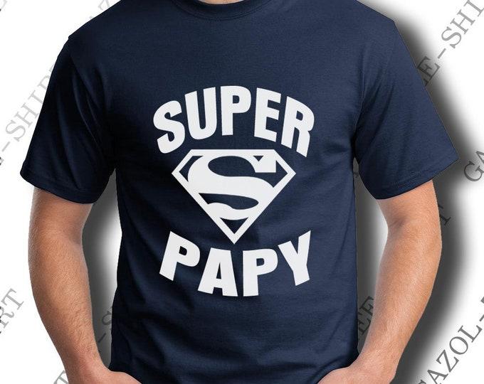 """Idée cadeau fête papy. T-shirt """"SUPER PAPY"""". Tee-shirt 100% coton, col V ou col rond. Avec ce super tee-shirt, qui peut battre grand-père?"""