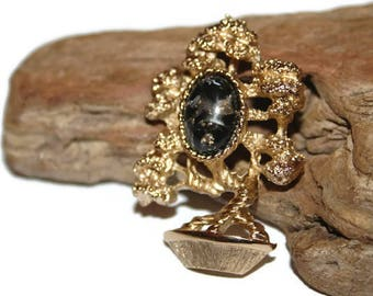 Vintage Jewelry, Gold Tone AMWAY Black Confetti Lucite Bonsai Tree Brooch, Christmas Gift, Black Friday, Cyber Monday, Unique Jewelry