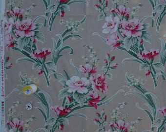 Barefoot Roses by Tanya Whelan Grand Revival for FreeSpirit Fabrics, Retro Floral In Shades of Pink On Tan 100% Cotton - Half Yard HTF OOP