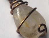 Quartz Stone with Gold Ru...