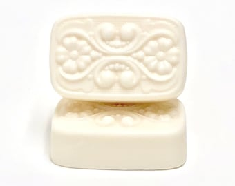 White Tea + Bergamot | shea butter soap | phthalates - detergent and paraben Free | The Graceful Rabbit
