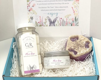 Gift Box for woman | Self Care Box | Skincare | Spa Day | Mother's Day Gift Set | Lotion | Exfoliating Sugar Cubes | Loofah Soap