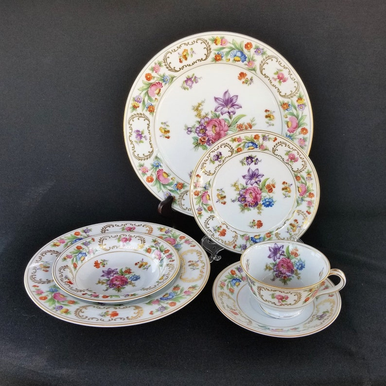 Sale  Spring China  Vintage Noritake China, Dresalda Pattern, 6 Pieces,  Dresden Style Flowers, Gold Scrolls, 1940s