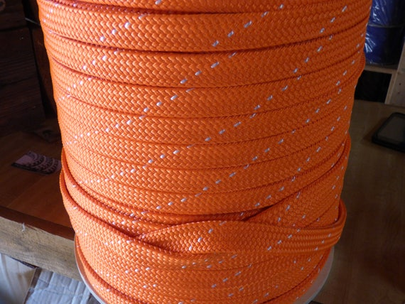 """1.25/"""" x 100 ft hollow//flat braid polyester rope.100 ft.High Quality.Made in USA"""