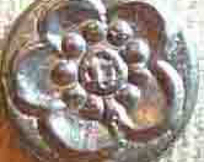 BU-143 Chrysanthemum Button