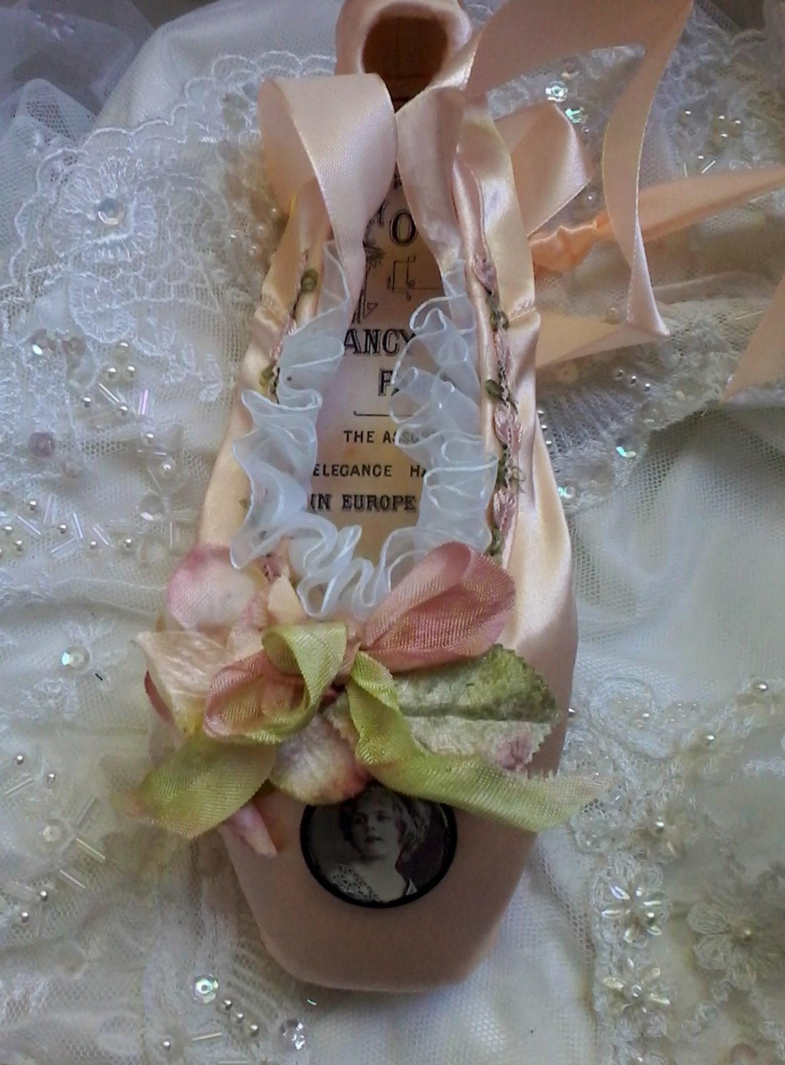 embellished ballet pointe shoe, fantasy ballet shoe, altered ballet shoe, shabby decorated ballet shoe, costume ballet, gift for