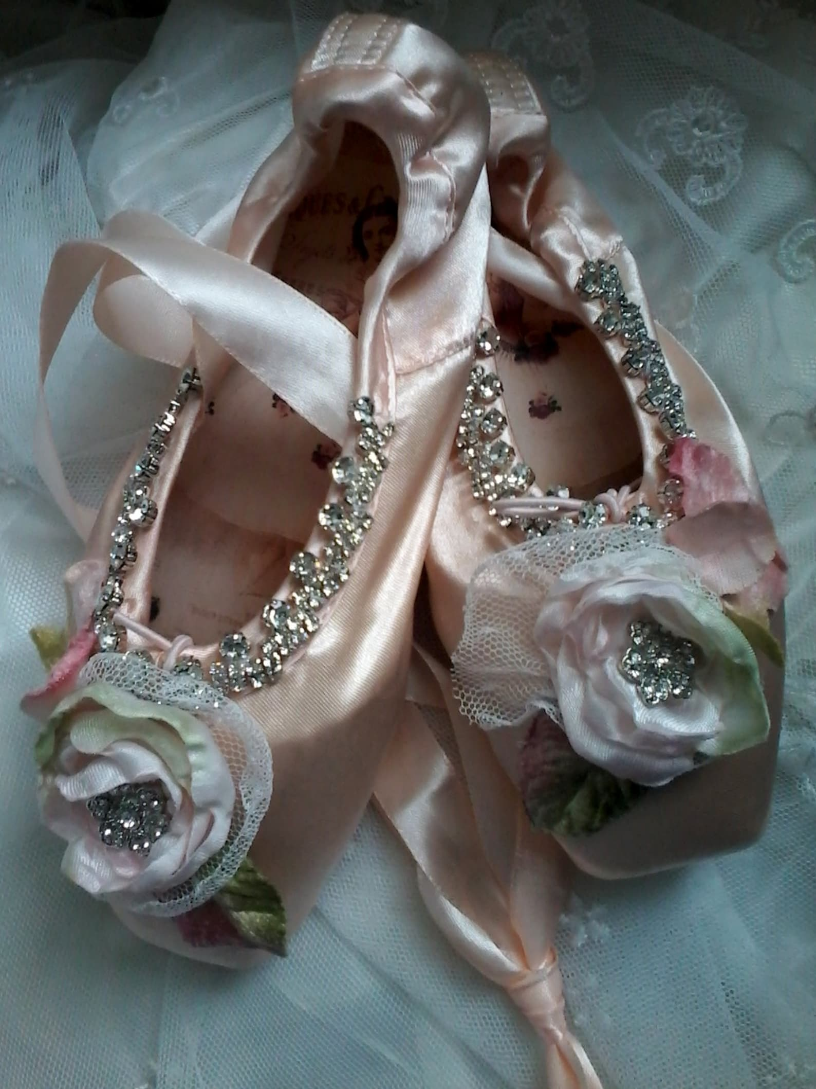 embellished ballet pointe shoes, fantasy ballet shoes, altered ballet shoes, pink shabby ballet shoe, gift for dancer, ballet de