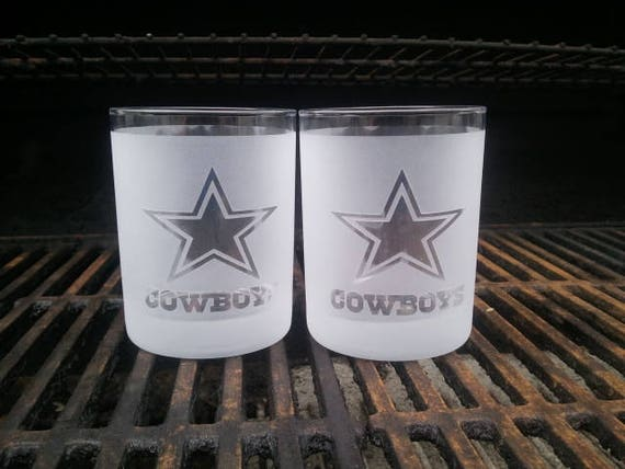 A Dallas cowboys personalized whiskey glass is a perfect gift  ffd8cfc36