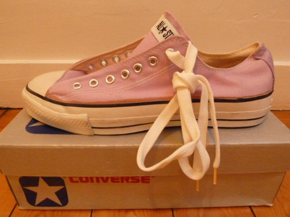 Converse 1980s vintage, CROCUS PURPLE low top, size US10, NOS, deadstock in box