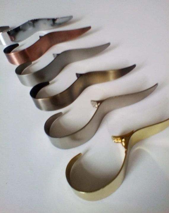 Antique Gold Curtain Hooks /'Cobra/' \u00d835mm Pack of 10