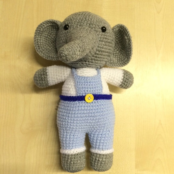 Male crochet elephant