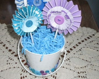 Cute as a Button Flowers/ Baby Shower/ Table Centerpiece