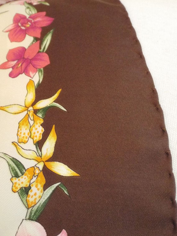 Authentic GUCCI Floral Scarf, Gucci Made in Italy… - image 9