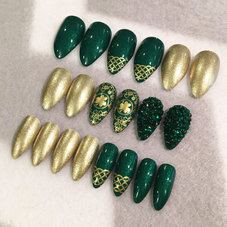 St. Patrick\'s Day Green Fake Nails * Faux Nails * Glue On Nails ...