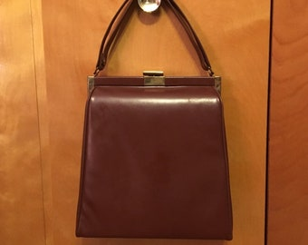 3ec07e4610 Vintage 50s 60s Theodor California large brown leather and gold toned metal  Hanbag