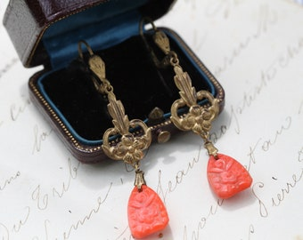 Vintage Art Deco 1930s Long Drop Earrings Gold Tone Flower and Carved Glass, Art nouveau earrings