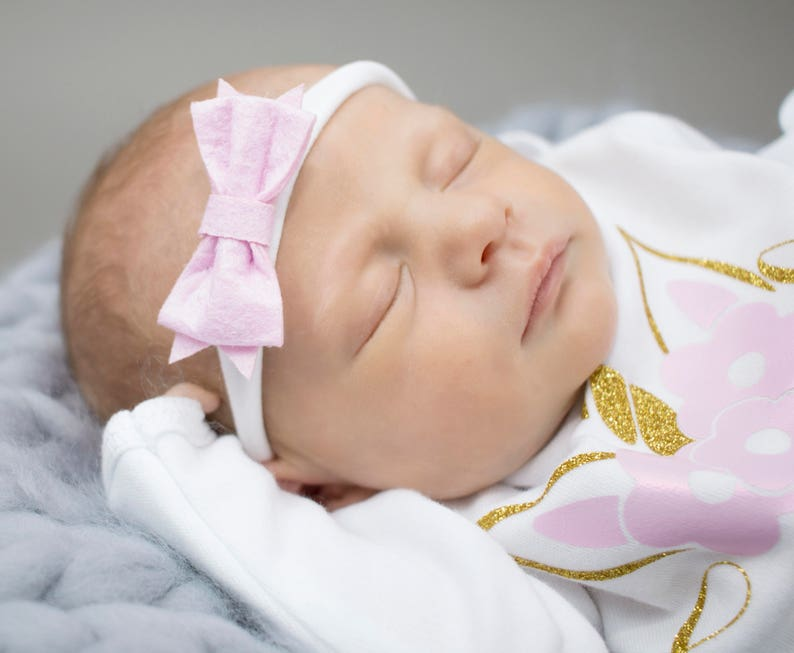 Pink newborn girl nylon headband  one size  pink felt bow  image 0