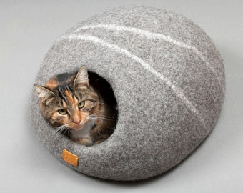 Minimalism Pet Accessories Pet Cave 100/% Wool Felted Indoor Cat Cave Sleeping Mat Felted Wool Bed House Cat Lover Gift Minimal