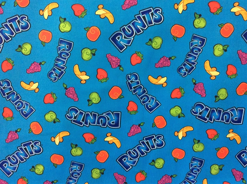 Crunch Scattered Candy Blue 100/% cotton fabric by the yard
