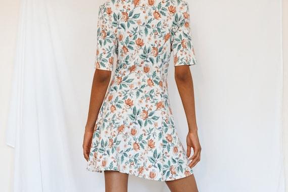Vintage Summer Floral Dress - image 3