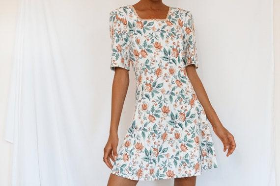 Vintage Summer Floral Dress - image 2