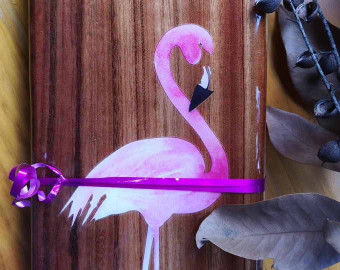 Resin flamingo cheeseboard