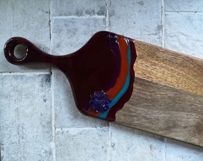 Mangowood  serving board customised with resin artwork