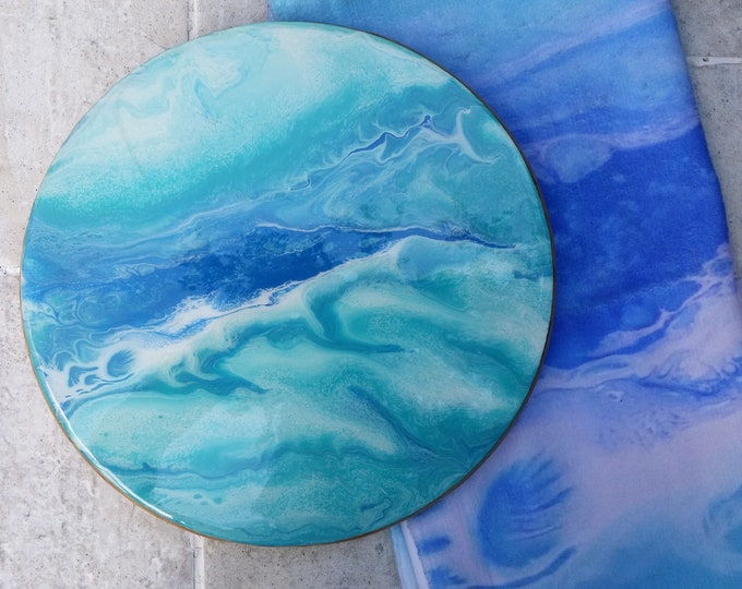 Resin Table Centrepiece and matching hand towel featuring abstract artwork