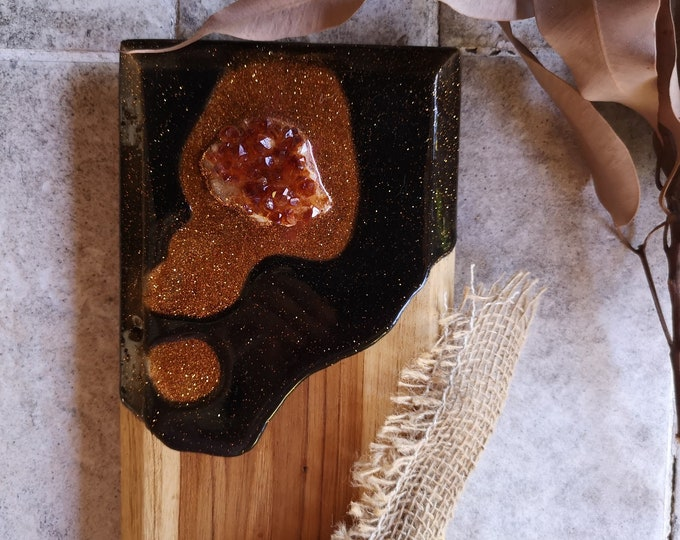 Solid wood cheeseboard with original artwork and embedded citrine crystal