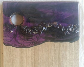 SOLD - Timber serving board customised with original artwork by mineralphotos