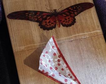 Butterfly hardwood serving board