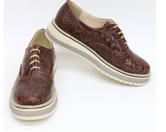 73590d890 Brown Leather Mexican shoes - carved leather - woman shoes