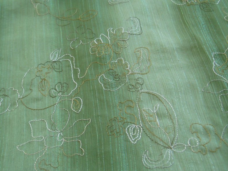 kiwi Noble CHIFFON embroidered