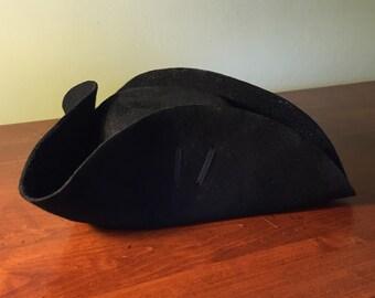 74a34066198 Wool felt Cocked Hat 18th Century