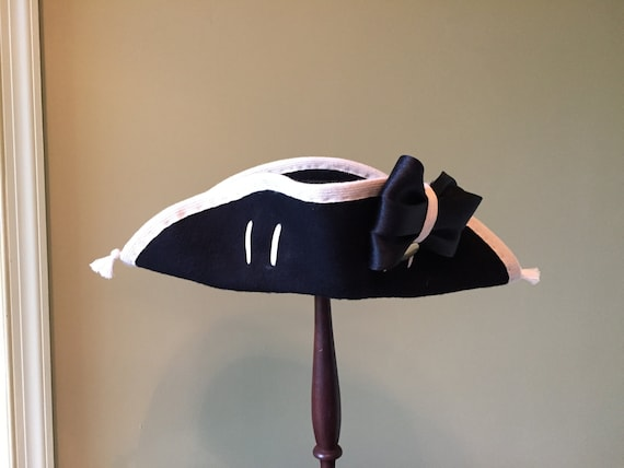 French and Indian War British Wool Felt Cocked Hat With Hand Sewn White Worsted Wool Binding