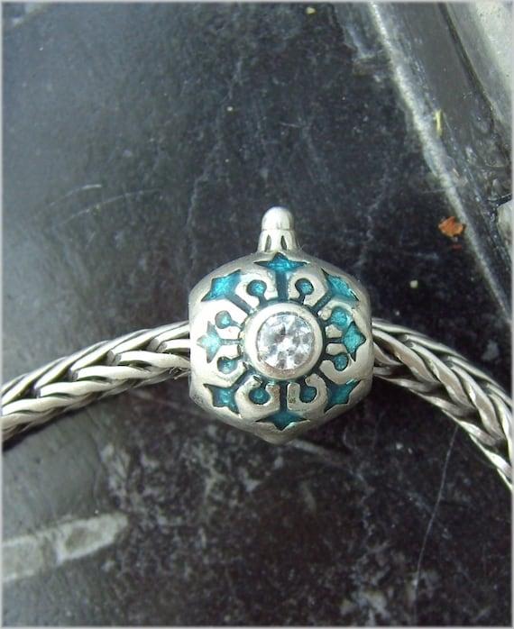 Authentic Chamilia Limited Edition Snowflake Ornament Christmas Charm