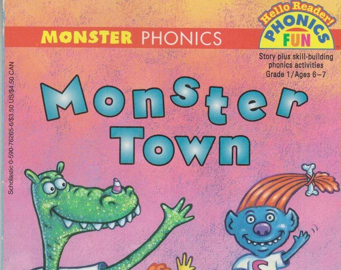 Monster Town (Hello Reader! Phonics Fun Grade 1 Ages 6-7) (Paperback: Children's) 1997