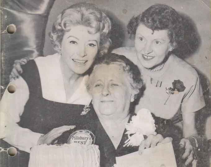 Pillsbury 11th Grand National  Bake-Off Cookbook (Staple Bound, Cooking) 1959