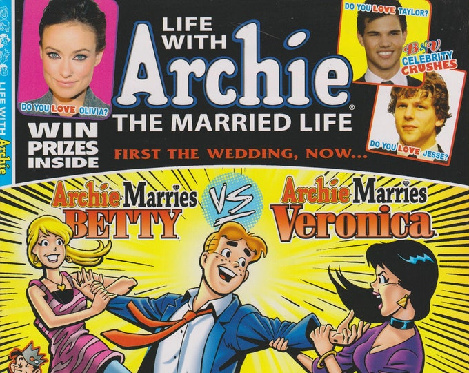 Life With Archie The Married Life No. 8  Archie Marries Betty vs. Archie Marries Veronica  (Comic Book: Archie) 2011