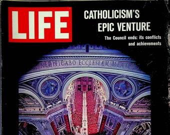 Life December 17, 1965 Catholicism's Epic Venture,  Gemini 7,  Dante, College Girls, Guy Lombardo (Magazine: History, News)