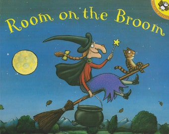 Room on the Broom by Julia Donaldson and Axel Scheffler (Softcover: Children's Picture Book)  2001