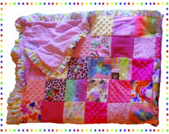 58x44 Patchwork Crib Quilt - Pink Dots