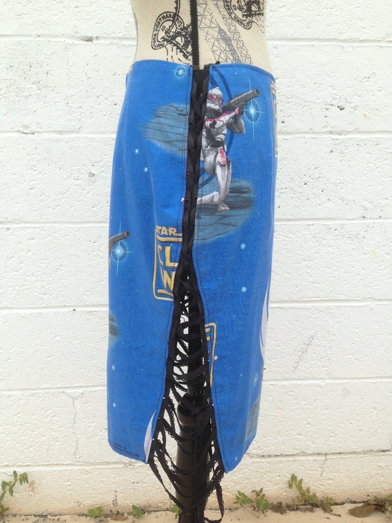 Couture Star Wars Skirt Very Rare Vintage Star Wars Clone Wars Fabric Original Reversible Grommet Tie Skirt Pattern One of a Kind