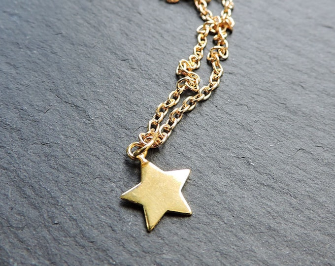 Gold Star Charm Pendant - Cute 24ct gold 5-point star charm necklace, Astronomy charm pendant, Gold star charm gift, Necklace gift for her