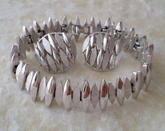 Crown TRIFARI Silver Tone Bracelet and Earrings Set