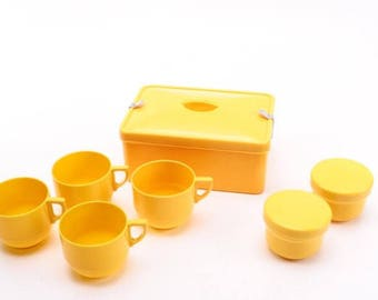 Vintage Picnic Set by Coracle