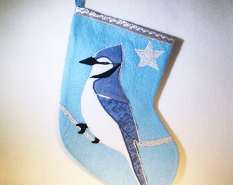 Various Christmas stockings to LIQUIDER, several sizes and styles, prototypes and unique models to sell, winter birds, made in Quebec