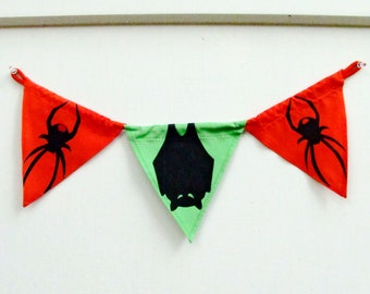 HALLOWEEN BANDEROLE, party pennants, fabric garland, horror wall hanger, Halloween silhouettes, hallway or wall decor