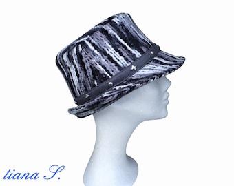 Cappello con dimensione di borchie 300af34a5835
