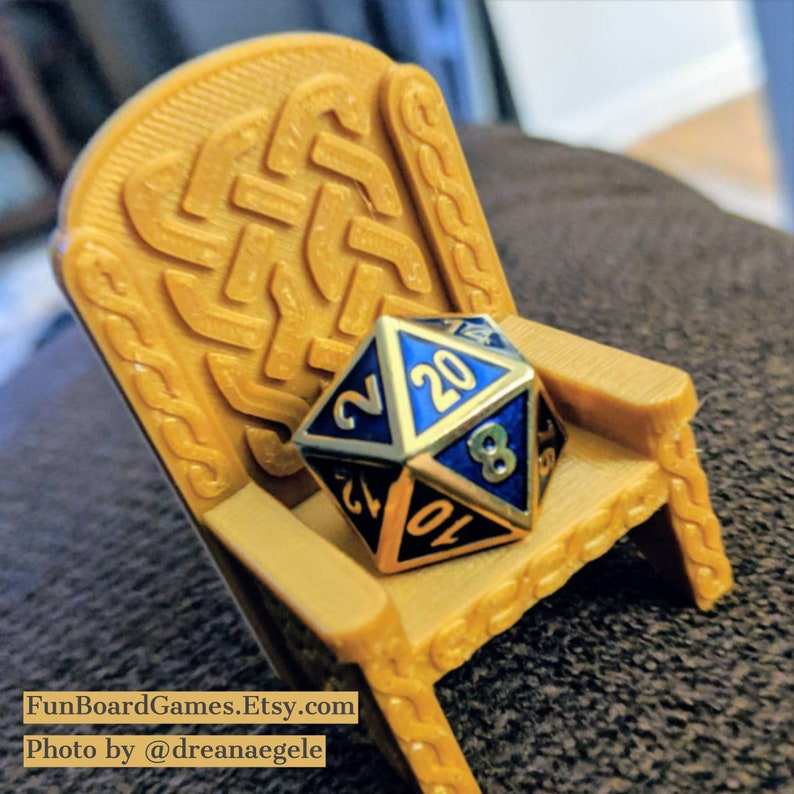 Dice Throne - Single - Celtic Knotwork Style - Dungeons and Dragons - Well  Behaving Dice - 3D Printed Designed by sablebadger - Geeky Gift